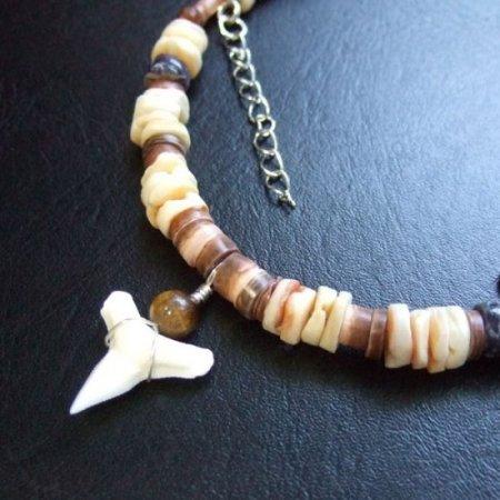 【表示現品】メジロザメの歯ビーズネックレス - BLN-12040