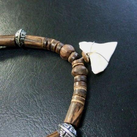 2.5cm メジロザメ 本物のサメの歯ネックレス - 20034etk