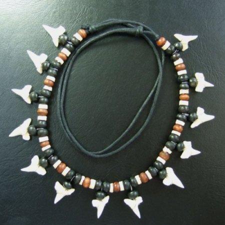 本物のサメの歯ネックレス - 20057esw