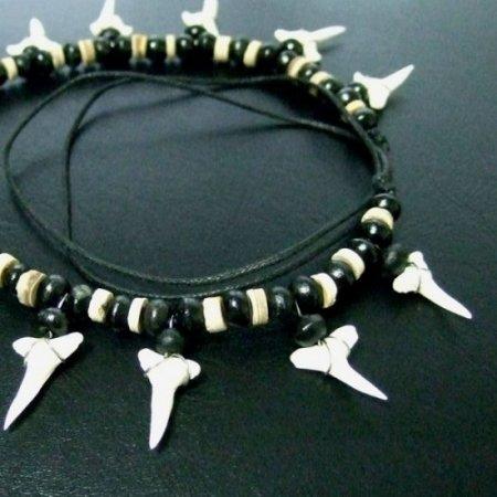 【表示現品】本物のサメの歯ネックレス - 20100esw