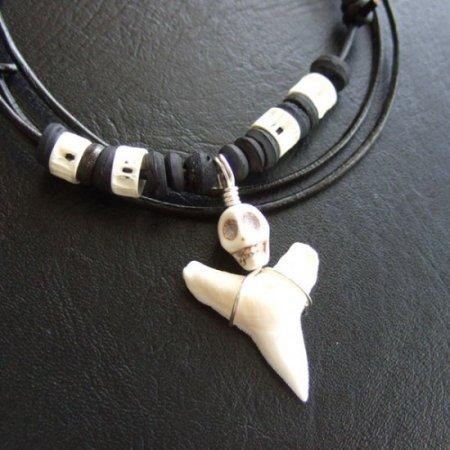 【表示現品】オオメジロザメの歯(下あご)ネックレス - 20899zhb
