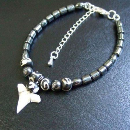【表示現品】メジロザメの歯 ビーズ ブレスレット - 27218zhb